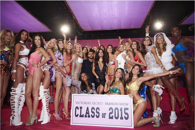 "2015-11-12 15_11_50-Victoria's Secret on Instagram_ ""Your #VSFashionShow Class of 2015! 🎓😍 Tune in"