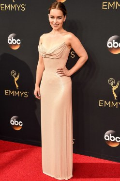 emmys-2016-best-dressed-emilia-clarke